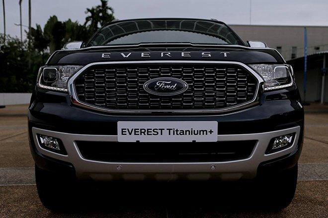 Ford Everest 2021 ra mắt tại Thái Lan, Giá từ 999 triệu