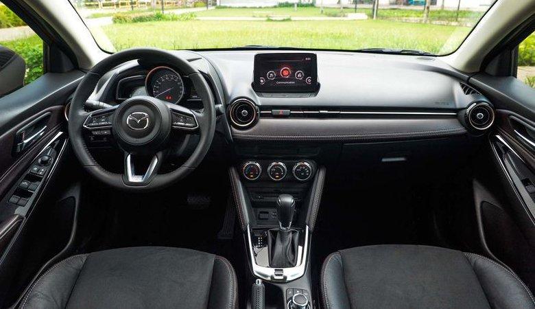 So sánh xe Mazda 2 2020 và Toyota Vios 2020: Giá lăn bánh và khuyến mãi tháng 07/2020 | anycar.vn