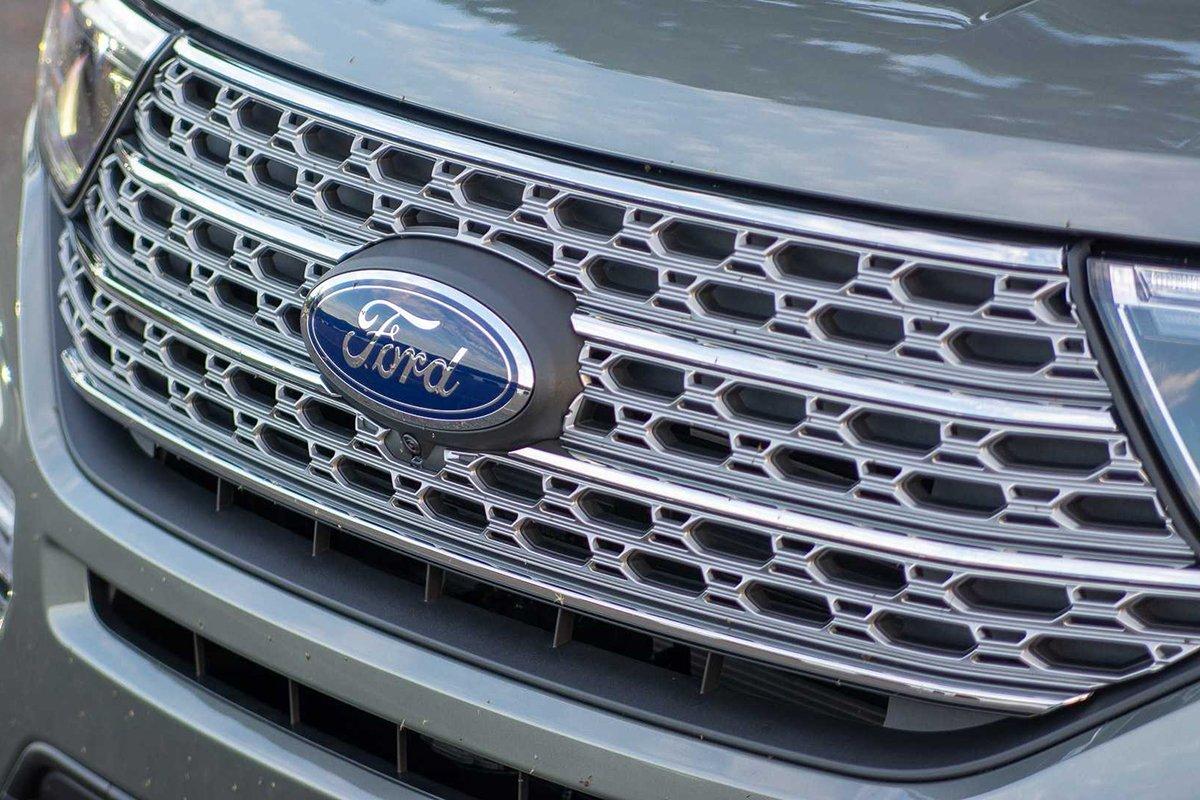 Ảnh Lưới tản nhiệt xe Ford Explorer 2021